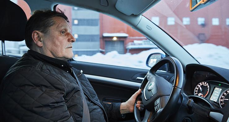 Bild: När Unionens representanter från klubbarna i Kiruna ska åka på fackliga utbildningar så måste de ge sig av ungefär halv fem på morgonen för att vara framme i tid på regionkontoret i Luleå.