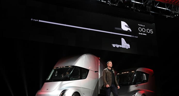 Tesla självkörande lastbil